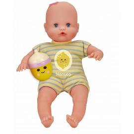 Nenuco Bambola con Biberon e Pigiama Limone Famosa 700012087