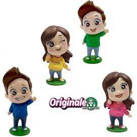 Giulive Giochi Preziosi Me Contro Te Confezione con 4 Mini Doll 6 cm lui e sofi