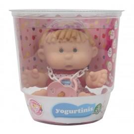 Yogurtinis Barattolo con Bambola Profumata, 20 cm, Mary Cherry Gusto Ciliegia di Giochi Preziosi