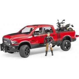 Bruder 02502 ,Veicolo RAM 2500 Power Wagon con Moto Scrambler Ducati Desert Sled e Personaggio scala 1/16