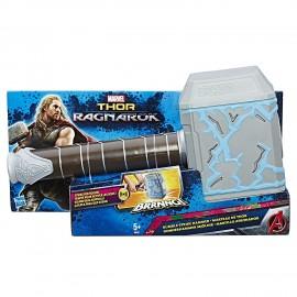 Avengers - Martello di Thor Forza del Tuono con effetto sonoro prodoto italiano di Hasbro B9975