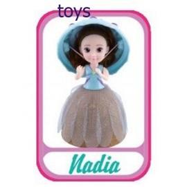 Grandi Giochi Gelato Surprise Bambola Cupcake, Nadia